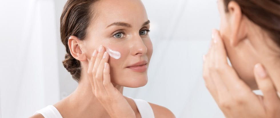 Facial Eczema : good skincare helps reduce symptoms